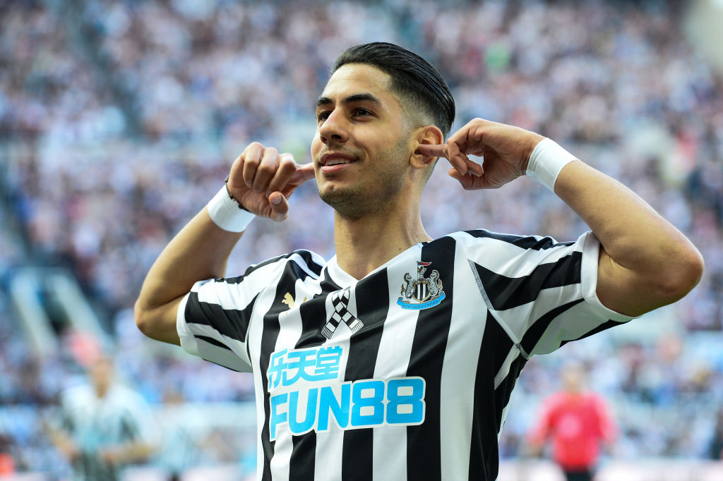 Ayoze Perez: Leicester City sign Newcastle striker for £30m