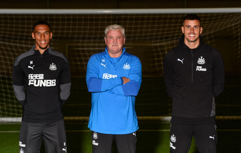 Karl Darlow and Isaac Hayden Sign New Contracts at Newcastle United