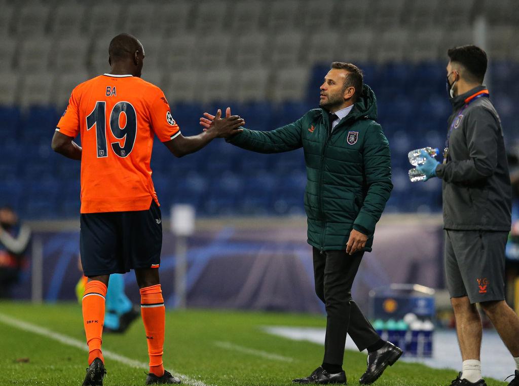 Medipol Basaksehir v Manchester United - UEFA Champions League