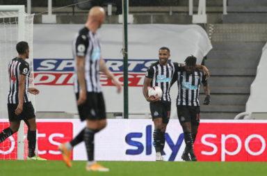 Newcastle United v Burnley - Premier League