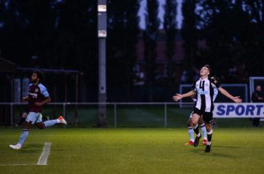 Newcastle United v Burnley - Premier League 2